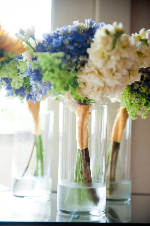 Barbie Hull Photography Christopher Flowers wedding winery Seattle sunflowers garden local organic hydrangea poppy