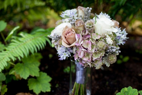 Lucas Mobley Photography Christopher Flowers Seattle wedding vintage organic garden
