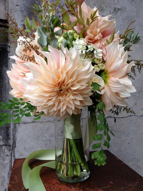 bouquet dahlia cafe au lait peach cream flower floral christopher flowers organic local design