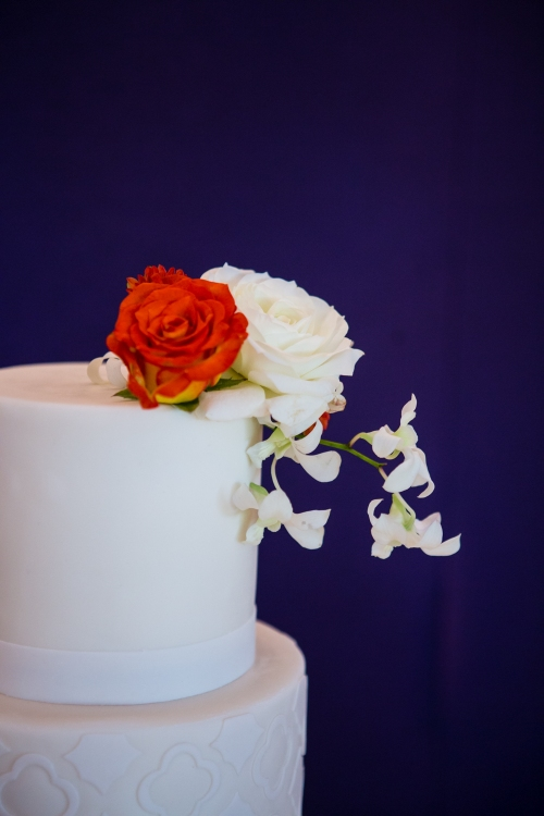 wedding white green orchids hydrangea garden roses lily white green orange dahlia cake reception