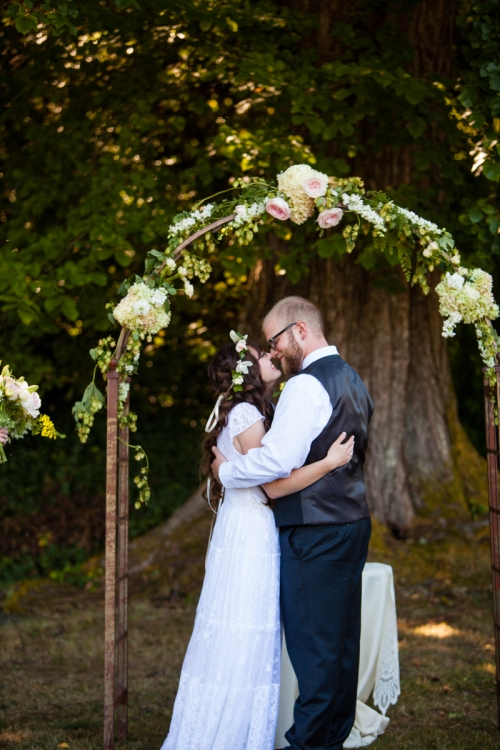 La Vie Photo Christopher Flowers wedding seattle pink ivory garden rose hydrangea