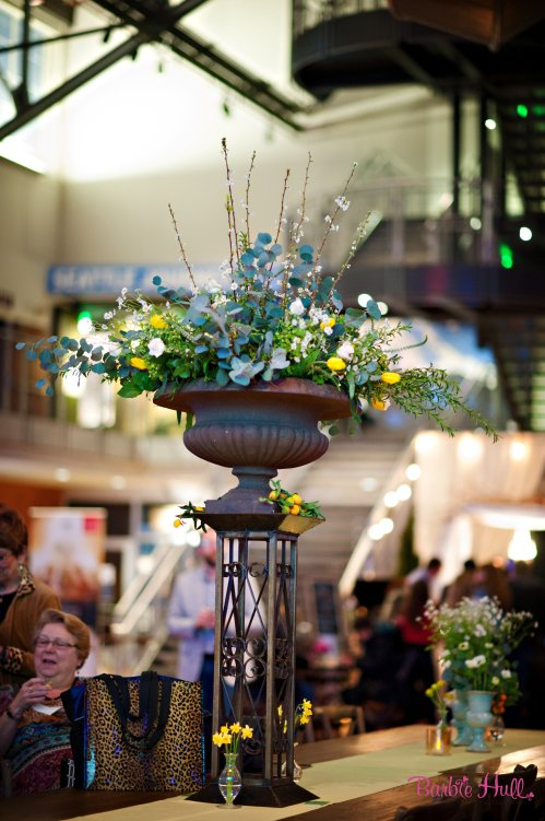 Barbie Hull Photography Christopher Flowers Seattle event flowers local organic floral design spring french country