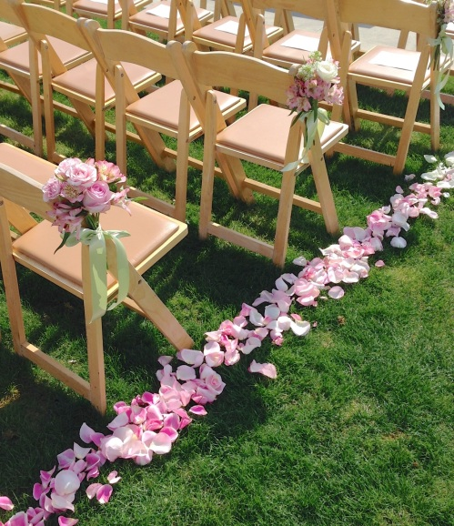 Christopher Flowers Seattle ceremony wedding aisle petals ombre pink blush ivory