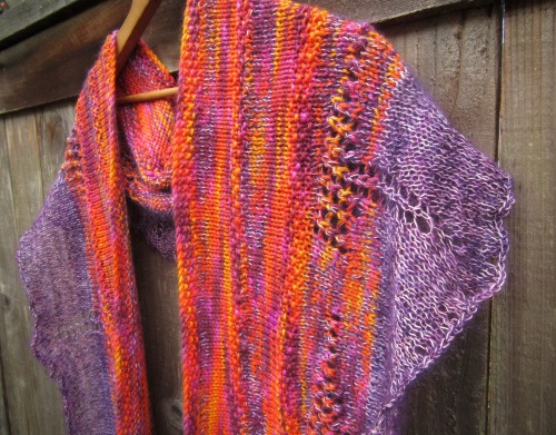 Copyright 2016 Christopher Knits